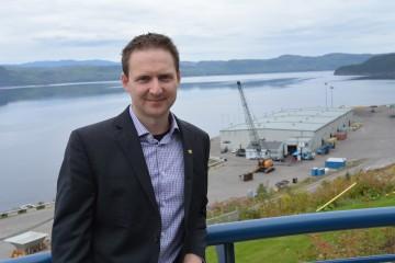 Carl Laberge, directeur général du Port de Saguenay, souhaiterait voir se développer une vie économique autour du site de Grande-Anse. (Photo de Jean-Luc Doumont)