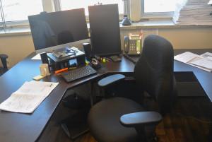 Ce sont quelques milliers de dollars que Gémel a investis pour l'ergonomie au travail. Nous voyons ici le poste adapté de Marc Couture. (Photo: Jean-Luc Doumont)