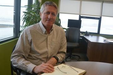 Marc Moffatt, directeur général du Centre d'excellence sur les drones à Alma. (Photo: Jean-Luc Doumont)