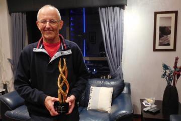 "Vinko Potocnik avec le prestigieux prix ""Rashid Award"" Photo : Courtoisie"