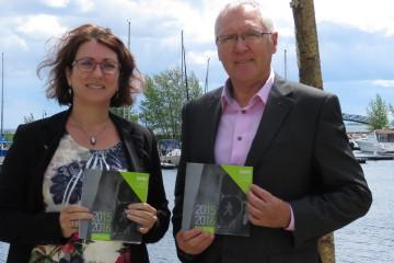 De gauche à droite : Christyne Fortin, présidente du C.A. et Serge Desgagné, directeur général. (Photo : Courtoisie)