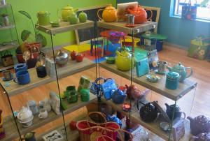 Tout le matériel nécessaire pour une bonne infusion se retrouve dans cette boutique située à Chicoutimi-Nord. (Photo: Jean-Luc Doumont)