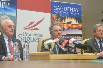 De gauche à droite: Ghislain Harvey, président de Port Saguenay; Jean Rainville, président et chef de la direction de BlackRock et Jean Tremblay, maire de Saguenay. Photo : Jean-Luc Doumont