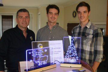 De gauche à droite: Dany Tremblay, Alexandre et Gabriel Tremblay, tous propriétaires et actionnaires de l'entreprise Gravart. (Photo: Jean-Luc Doumont)