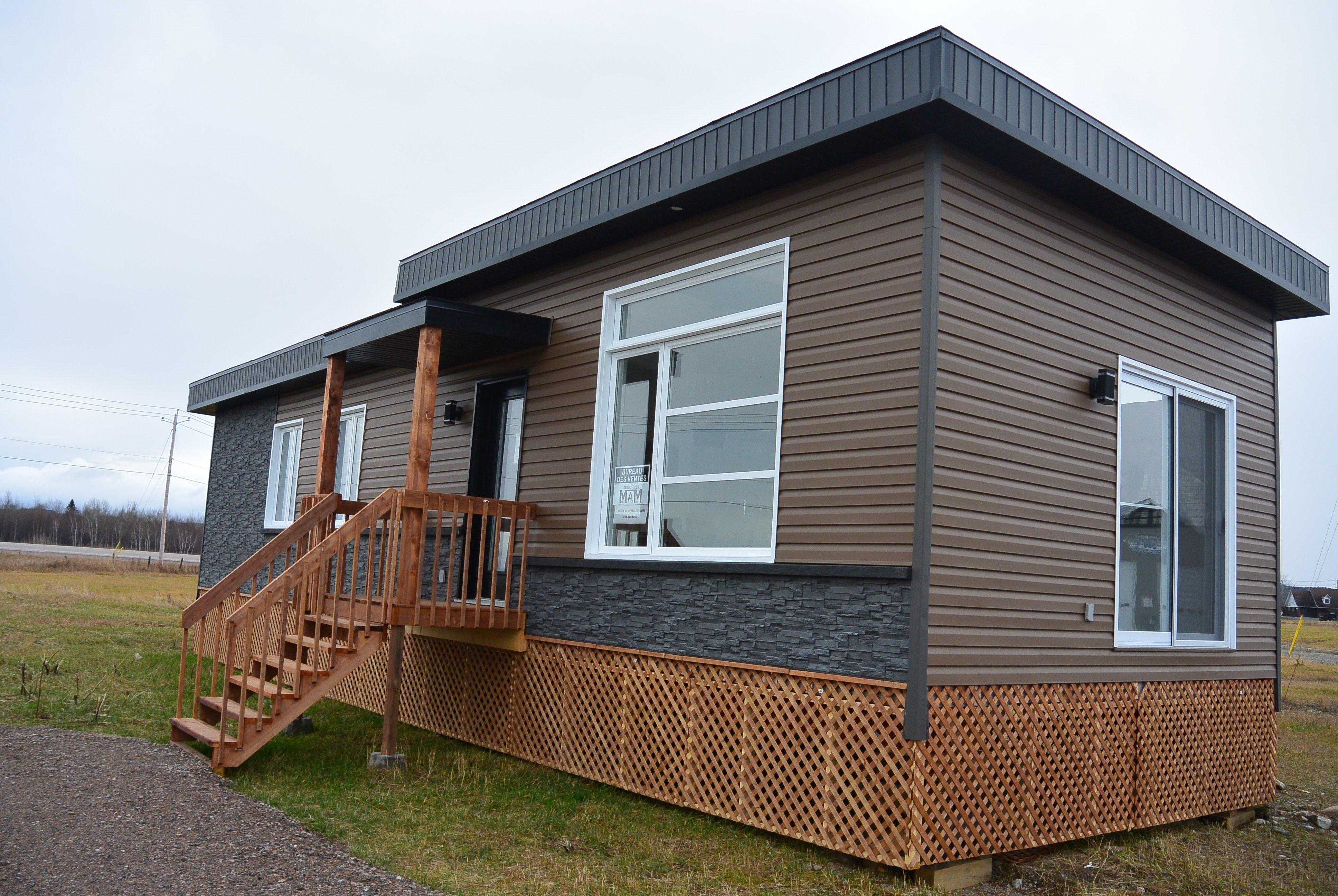 Des Mini Habitations 100 Metabetchouan Lac A La Croix Journal