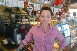 Isabelle Fortin, nouvelle franchisée Tim Hortons au Carrefour Alma. (Photo: Jean-Luc Doumont)