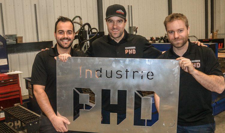 De gauche à droite: Maxime Piché, directeur des ventes; Maxime Desmeules, directeur de production et Nicolas Desmeules, directeur technique. (Photo: Jean-Luc Doumont)