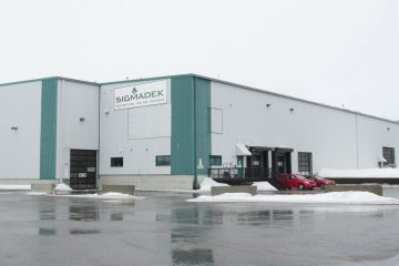 BV: Plus rien ne s'oppose à ce que l'usine de SigmaDek à La Baie relance la production de patio d'aluminium. (Photo archive)
