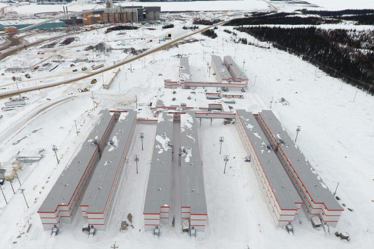 BV: Une partie des modules d'habitation pour travailleurs que devra protéger l'équipe de Emballages Shrink. (Photo courtoisie Groupe LFL)