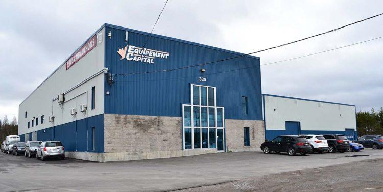 L'usine de Saint-Ambroise a récemment agrandi son espace de production pour l'ouverture du nouveau département de découpe au laser. (Photo : courtoisie)