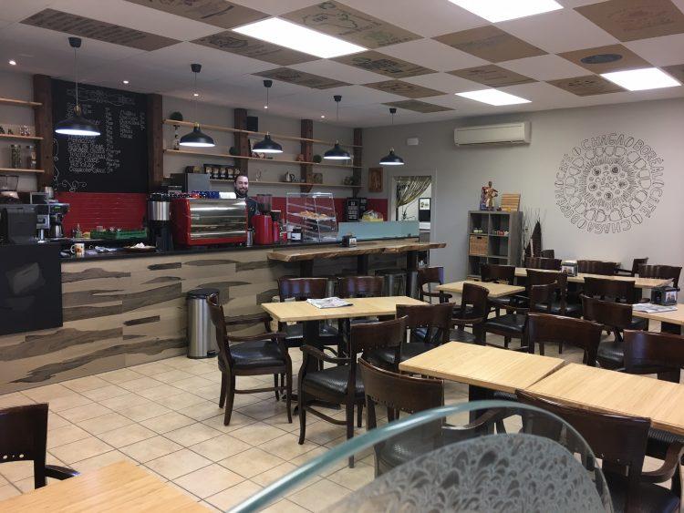 L'ancien local du boulevard de Quen avait une superficie totale de 500 pieds carrés. Après le déménagement, Café Chaga Boréal bénéficie maintenant d'un espace commercial de 1 500 pieds carrés. (Photo : courtoisie)