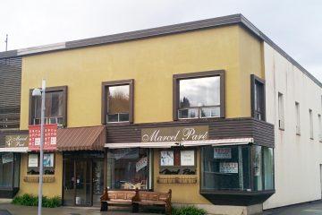 L'édifice de la Mercerie Marcel Paré a récemment été vendu à des gens d'affaires désirant implanter un nouveau commerce de détail. (Photo : Maxime Tremblay)