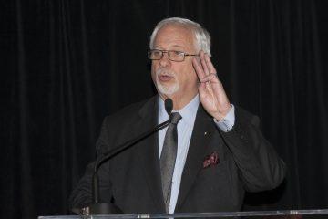 Pierre Marc Johnson est avocat-conseil et agit à titre d'avocat principal et conseiller stratégique lors de négociations commerciales pour des partenariats internationaux. Il était de passage à Saguenay dans le cadre de l'événement SVA en affaires 2017. (Photo Guy Bouchard)
