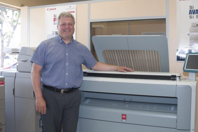 Blackburn et Blackburn deviendra distributeur exclusif régional des pièces et équipements Océ. L'équipe assurera également le service après-vente. (Photo : Dominique Bérubé)