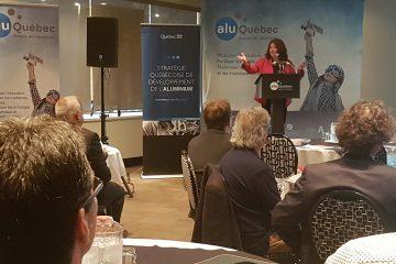 Les participants réunis à l'Hôtel Chicoutimi ont pu échanger sur les défis de leur industrie, en plus d'en apprendre davantage sur les fonds gouvernementaux dédiés à l'aluminium (Photo : courtoisie)