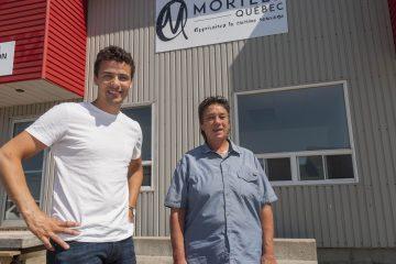 De gauche à droite : Simon-Pierre Murdock, PDG et Nathalie Simard, directrice de production. Morille Québec vient récemment de faire l'acquisition de l'entièreté de leur centre de production. Des travaux sont en cours afin de doubler la superficie de l'entrepôt situé au 1258, boulevard du Royaume à Chicoutimi. (Photo : Jonathan Thibeault)